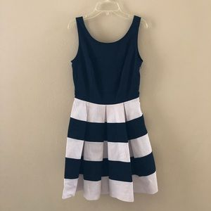 Banana Republic navy beige Strap dress 2P